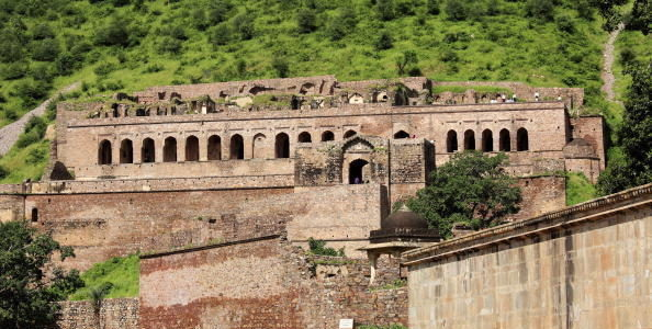 Bhangarh Fort in Rajasthan, A Story of Rani Ratnavati
